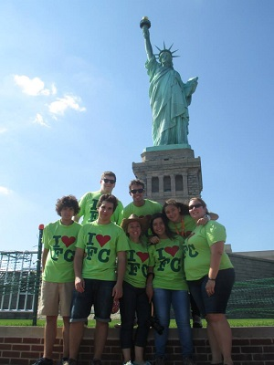 statue of liberty group