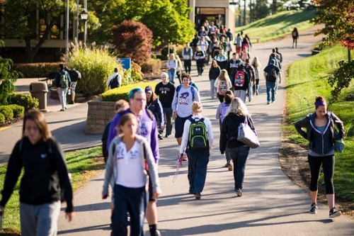 robert morris university students walking